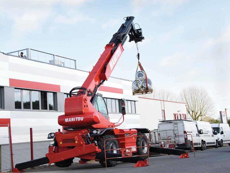 Découvrez le chariot télescopique rotatif MANITOU MRT